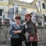 Cécile (TdHL) et Maria Elena Cadena (directrice de Wiñarina) à Quito (Equateur)
