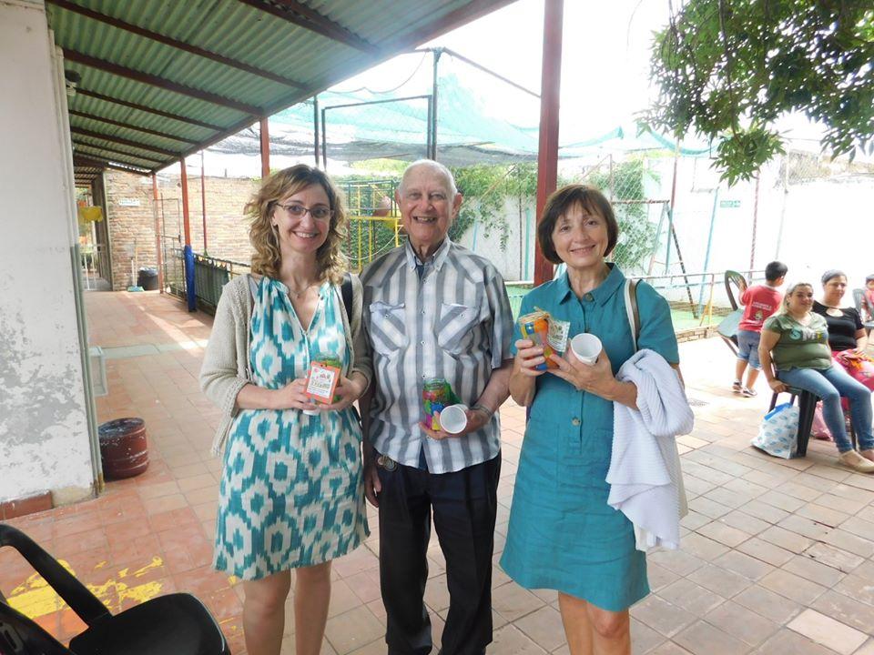 (g. à d.) Angélique Brosset, Juan Carlos Ferrer (président AMAP), Marie-Laure Mir
